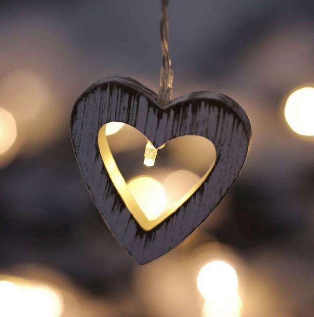 DecoKing - Dekoracyjne lampki LED – Wooden Heart
