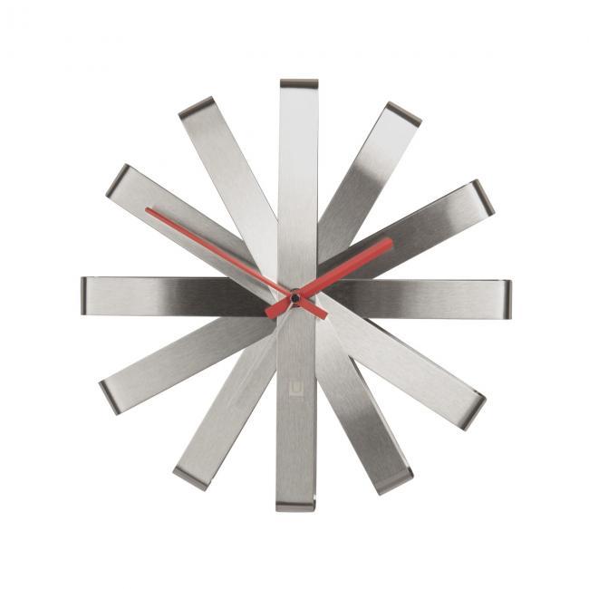 Zegar ścienny - kolor srebrny